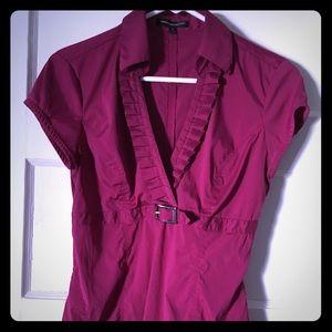 Express dressy berry top, S. Side zip.